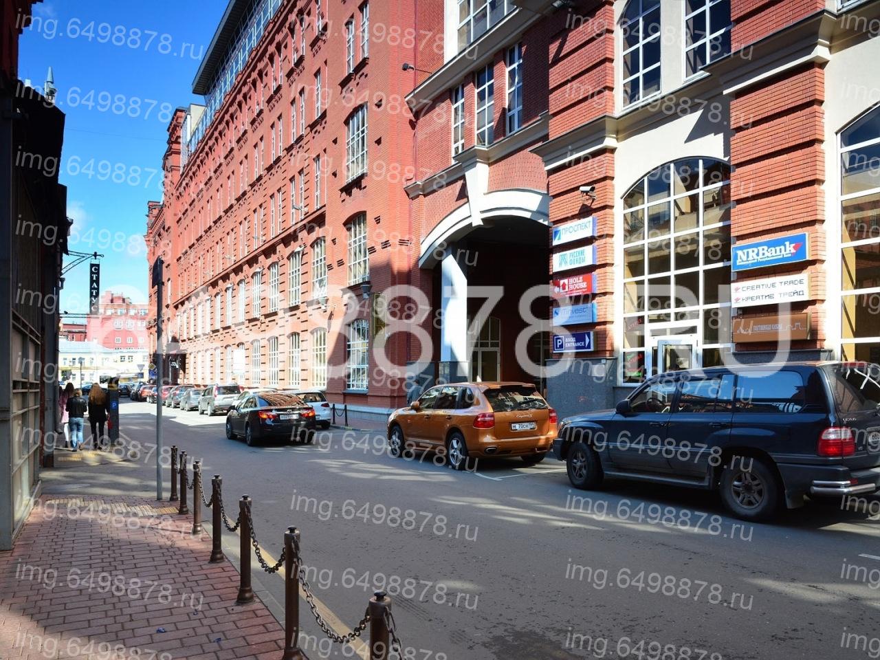 Москва, 1-й голутвинский переулок, д1 а 5 минут пешком)